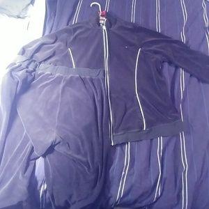 Tommy Hilfiger sweat suit